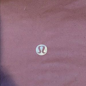 Lilac cropped lululemon leggings